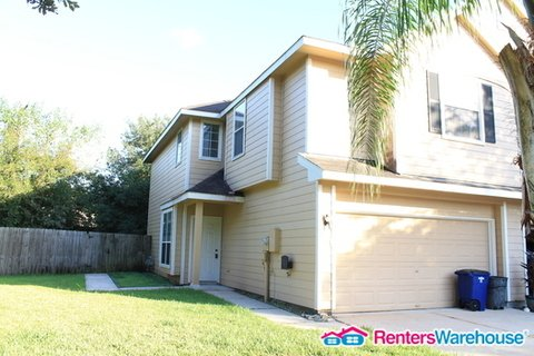 property_image - Condominium for rent in Dickinson, TX