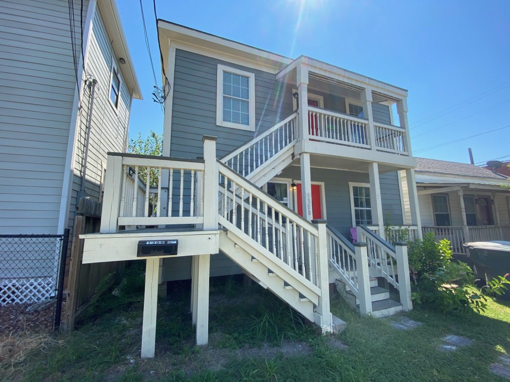 property_image - House for rent in Galveston, TX